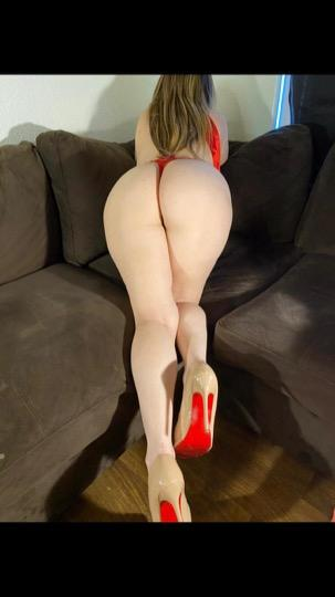 sexy girl ready for you