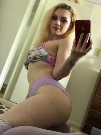 Horny Queen Available For Hookup Are you ready of the same rutine INCALL OUTCALL CAR FUN Available 24 Hr 7 Day