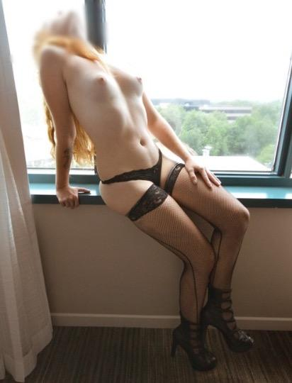 Escort 647-738-3838 DVP/ EGLINTON EAST/ Wynford/ Hwy 404 reviewed