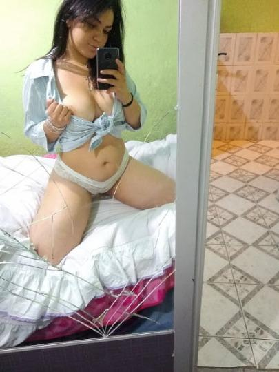 Young sexy Beauty queen soft Boobs Available Carfun Incall And Outcall