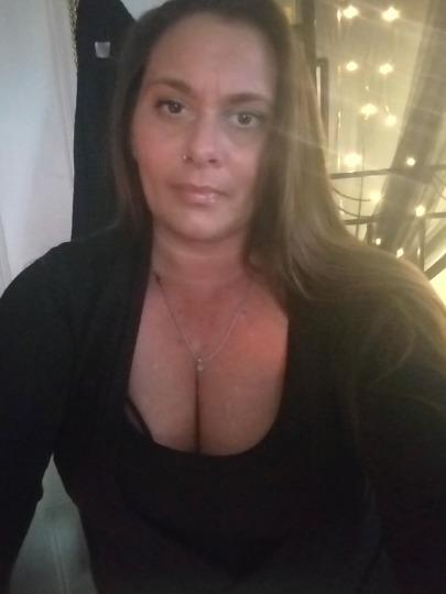 FALL RIVER incall trained massuse special touch cool safe clean for mature only