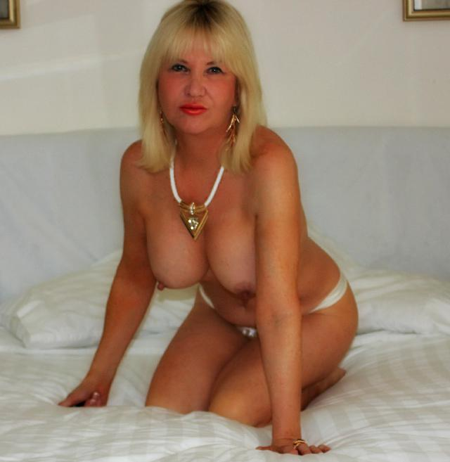mature solo tube escort soissons