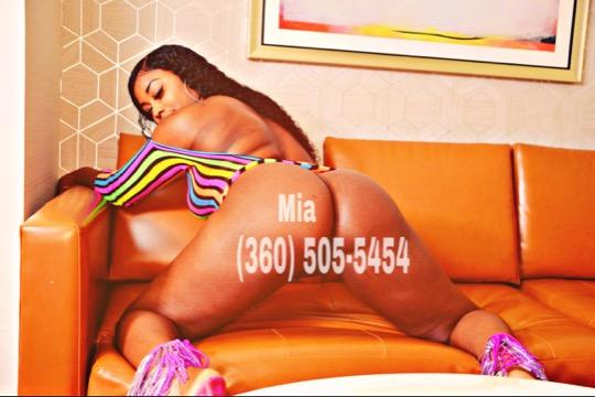 New in town lets have some fun Ask about my specials Incall outcalls available