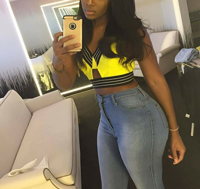 Escort 773-563-0374 Chicago, I can Host or travel to where u r😚, South Chicagoland backpage