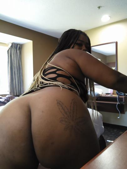 BBW Thick Asian butterfly INCALLS ONLY NO BARE