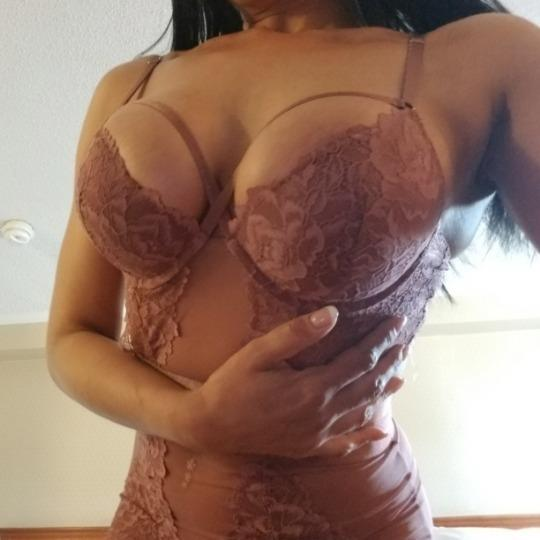 Escort 647-975-6441 Missisauga  reviewed