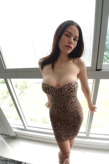 Hey handsome I am a thick mixed beauty catering my companionship to upscale Gentlemen