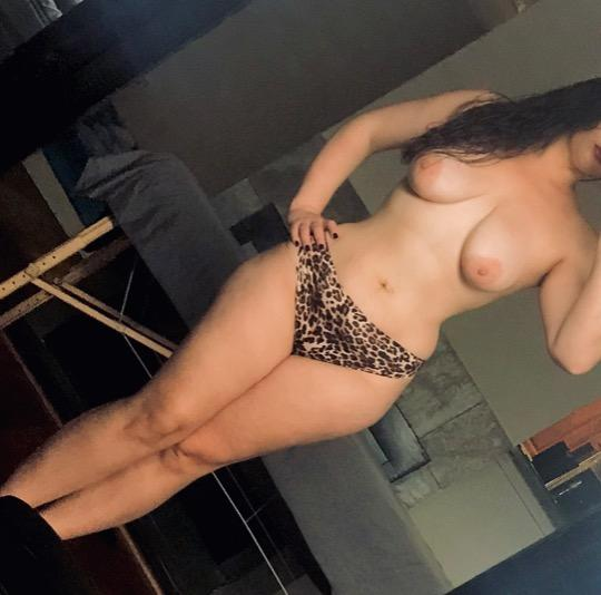 California milf live escorts, outcall escort