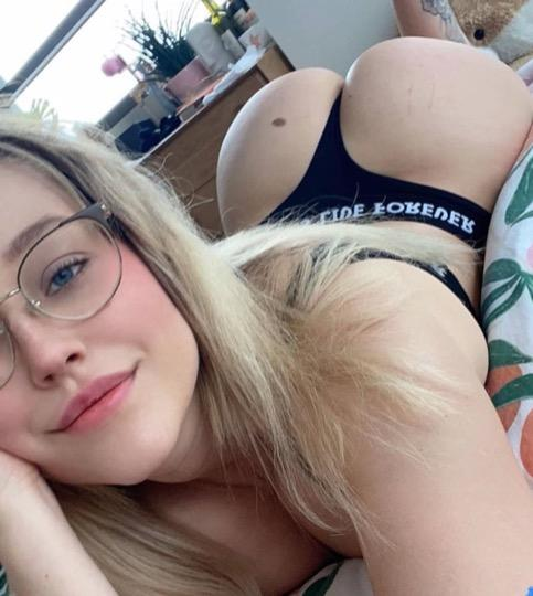 Soft Kittyy Young Latina Girl OUTCALL INCALL CARDATES Looking For Good Time