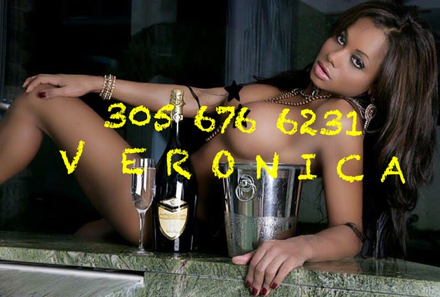 Escort 305-676-6231 Hollywood, Korea Town, Los Angeles transx