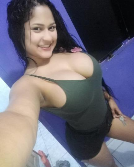 TIGHT N TASTY Super WeTT Bareback Blowjob Out Call available 24 7Car FuN I see Men Couples