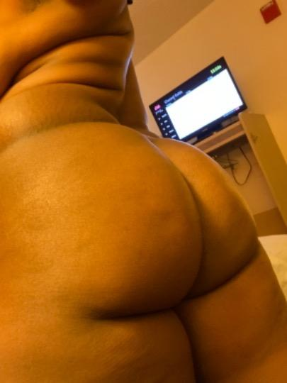 Sexy Yummy Young Ebony Beauty Queen Looking for real Fuccking Buddy come and fuck me Car fun outcall