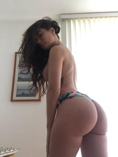 YOUNG SEXY HOT GIRL SPECIAL SEX BEST SERVICE WITH AMAZING BLOWJOBS SEX INCALL Or OUTCALL CAR CALL& FUN