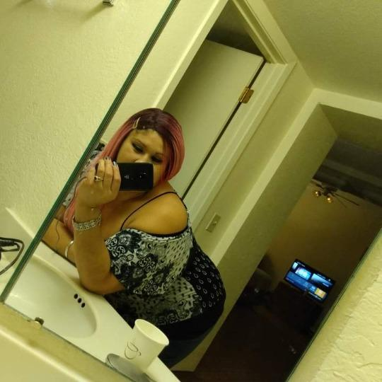 Discreet,Fun sophisticated and horny!! you wont wanna miss this head game - 29,210-200-7424,Marbach Area,female escorts